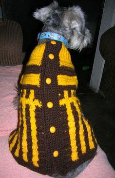 Hola!!  Tengo dos perritos a los cuales les he hecho varios suéteres y quiero compartir mis creaciones así como diagramas que he encontrado...