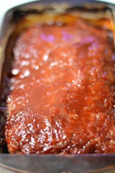This recipe for Brown Sugar Glazed Meatloaf is the best meatloaf recipe. The meat is moist and tender and the topping has the right amount of sweetness. You're going to love it! Meatloaf Recipe No Ketchup, Southern Meatloaf Recipe, Meatloaf Glaze, Meatloaf Recipes, Southern Recipes, Meat Recipes, Dinner Recipes, Cooking Recipes, Dinner Ideas
