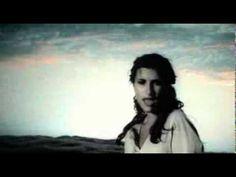 Laura Pausini - Un'emergenza D'Amore (Video clip)