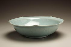 Large bowl with five upward points in rim  2008 Porcelainous stoneware with crackled celadon glaze 3 5/8 x 12 1/4 x 12 1/4 in. Inv# 5944 $ 8,800 Image