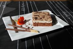 QimiQ & Nutella - Mmh... Tiramisu, Waffles, Deserts, Breakfast, Ethnic Recipes, Kakao, Ovaltine, Pie, Chef Recipes