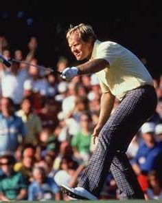 Jack Nicklaus recapturing his Masters title in 1986 Golf Books, Golden Bear, Masters Golf, Jack Nicklaus, Golf Instruction, Golfers, Lorraine, Legends, Champion