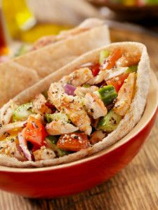 Pita pockets make nutritious, on-the-go meals. (Lauri Patterson)