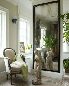 Color Outside the Lines: Mirrored Walls, Alcoves, and Niches