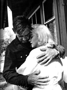 "Clark Gable + Marilyn Monroe in ""The Misfits"" (1961)"