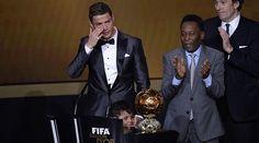 """Balón de Oro 2013: Y Cristiano rompió a llorar: """"Mi objetivo es ser uno de los mejores de siempre"""" - MARCA.com"""