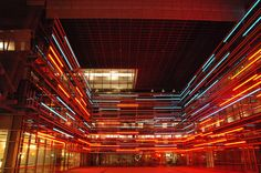 Caltrans District 7 Headquarters, Los Angeles, by Thom Mayne (Morphosis) by CTG/SF, via Flickr