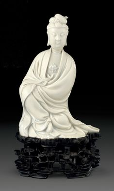 Chinese Buddhist Art and Statues with beautiful lines and vibrant colours. Giving the feeling of calm and serenity. Bodhisattvas and Warrior Monks. posted by Sifu Derek Frearson Guanyin, Buddhist Art, Beautiful Lines, African Culture, Chinese Antiques, Chinese Art, 17th Century, White Porcelain, Asian Art