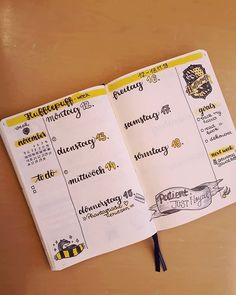 17 harry potter bullet journal spreads that are magical ежедневник идеи для Bullet Journal Printables, Bullet Journal Inspo, Bullet Journal Layout, Bullet Journal Ideas Pages, Journal Pages, Journals, Bijoux Harry Potter, Harry Potter Journal, Theme Harry Potter
