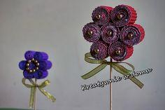 Dzień babci/ kwiaty DIY/ kids crafts http://www.kreatywniewdomu.pl/2018/01/kwiatki-diy-z-tektury-falistej.html