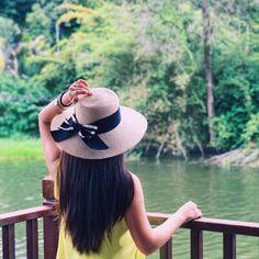 Weekend like this          #cheryllamtravels #cuticutimalaysia #malaysia #bukitmerah #lake #balcony #nature #greens #naturegram #wanderlust #travelgram #travelblogger #igtravel #igers #igersmalaysia #me #asiangirl #girl #outdoors #relaxing #throwback #travel #mytinyatlas #weekendvibes #love #beautiful #calm #peaceful #passionpassport