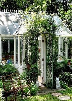 Gorgeous Attached Greenhouse Ideas_40 #conservatorygreenhouse