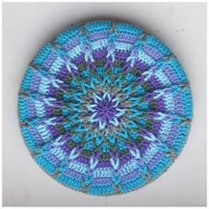 Ravelry: Crochet Mandela Pot Coaster pattern by Atty van Norel link to free crochet tutorial / pattern Crochet Potholders, Crochet Squares, Crochet Doilies, Crochet Stitches, Granny Squares, Love Crochet, Knit Crochet, Beautiful Crochet, Ravelry Crochet
