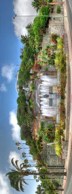 Fuente y monumento a D. Fernando León y Castillo en Paseo de Chil Las Palmas de Gran Canaria. Islas Canarias Canario, Tourism, River, Holiday, Outdoor, Canary Islands, Continents, Walks, Castles
