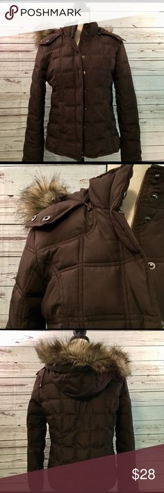 "Gap Puffer Jacket Like new brown puffer jacket with removable hood and removable artificial fur. Zipper plus snaps, snap closure pockets. Gap Outlet  21"" pit to pit  23"" length GAP Jackets & Coats Puffers"