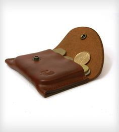 Leather Change Purse/Card Holder. Want this