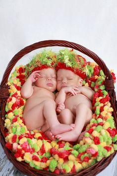 Boy Girl Twins Photo Prop Baby Blanket and Newborn Hats by BabyBirdz