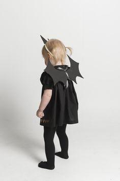 baby bat with easy cardboard wings