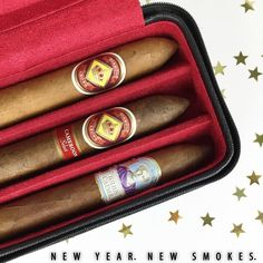 Celebrating Friday the right way with a #cigar #giveaway! Visit and like our Facebook page for more information and to enter! #NewYearNewSmokes Facebook.com/diamondcrowncigar
