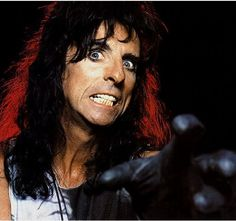 See Alice Cooper pictures, photo shoots, and listen online to the latest music. Alice Copper, The Hollywood Vampires, Steven Tyler, Aerosmith, The Villain, Rock Music, Jon Snow, Rockers, Johnny Depp