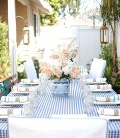 This party with gingham looks awesome! I love gingham at all times, especially in the summer.