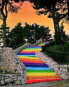Treppen / Stairway - Regenbogen / Rainbow