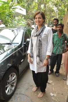 Dia Mirza celebrate Holi | PINKVILLA