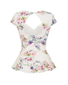 A beautiful watercolour floral print adorns this peplum top. Team with a fitted skirt for the perfect wedding look! Buy now in UK sizes from Lindy Bop! Wedding Looks, Perfect Wedding, Vintage Inspired Fashion, Top Vintage, Fitted Skirt, Floral Watercolor, Peplum, Floral Prints, Style Inspiration