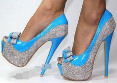 Sapato azul super alto