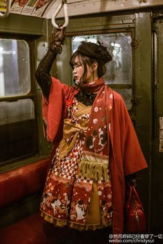 I may be a cyborg designed to replace myself. Asian Street Style, Japanese Street Fashion, Japanese Streets, Cute Fashion, Asian Fashion, Girl Fashion, Rococo Fashion, Lolita Fashion, Visual Kei
