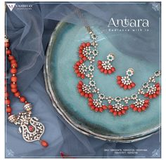 Beaded Jewelry Designs, Gold Earrings Designs, Gold Jewellery Design, Diamond Jewellery, Gold Designs, Bead Jewellery, Gold Jewelry Simple, Coral Jewelry, Trendy Jewelry
