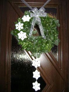 Náš věnec na dveře...... Christmas Wreaths, Christmas Decorations, Holiday Decor, Xmas Tree, Hanukkah, Advent, Home Decor, Xmas, Bricolage Noel