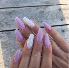 Hot Color Shades to Stay Fashionable with Ballerina Nails - Bomb Nails - Nageldesign Lilac Nails With Glitter, Purple Acrylic Nails, Lavender Nails, Best Acrylic Nails, Acrylic Nail Designs, Summer Acrylic Nails, Lilac Nails Design, Ballerina Acrylic Nails, Ballerina Nails Shape