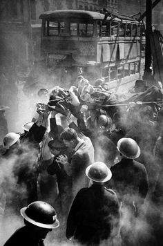 Rescue workers helping pull victim from ruins of a building hit by a rocket during World War II. Photo by George Rodger. London History, British History, World History, World War Ii, War Photography, Vintage Photography, Magnum Fotografie, Photos Du, Old Photos