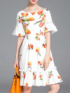 White Bell Sleeve Shaddock Print A-Line Dress -SheIn(Sheinside) Casual Summer Dresses, Simple Dresses, Day Dresses, Dress Outfits, Fashion Dresses, Royal Clothing, Daily Dress, 1930s Fashion, Petite Dresses