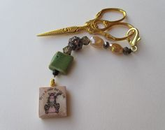 Beaded Scissor Fob or purse charm with My cat by MixingItUpWithDBL, $14.00