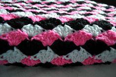 ChirpinBirdie: Simple Shell Blanket   Free Crochet Pattern