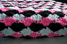 ChirpinBirdie: Simple Shell Blanket   Free Crochet Pattern …
