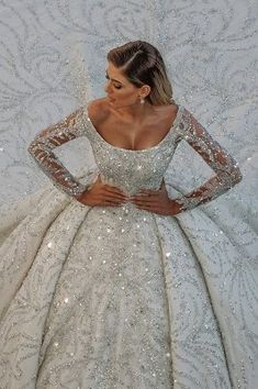 Wedding Gowns With Sleeves, Lace Ball Gowns, Ball Gowns Evening, Ball Gowns Prom, Long Sleeve Wedding, Ball Gown Dresses, Ball Gown Wedding Dresses, Long Ball Dresses, Long Gown For Wedding