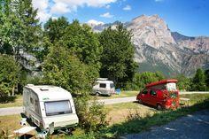 Ben je al volop plannen aan het maken voor de volgende zomervakantie? En hou je van kleine of middelgrote campings, midden in de natuur, met een prachtig weids uitzicht op een mooie omgeving? Ik zocht 10 campings voor je uit waar je een heerlijke zomervakantie kunt beleven en kunt genieten van het pure Frankrijkgevoel. Campings …