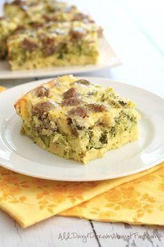 9. Overnight Crock-Pot Egg Casserole #healthy #breakfast #recipes http://greatist.com/health/healthy-fast-breakfast-recipes