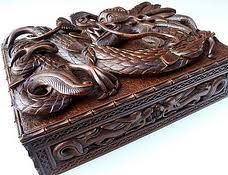 Fine Chinese Antique Carved Wood Dragon Box