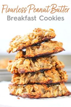 healthy cookies These vegan Peanut Butter Banana Breakfast Cookies have no sugar added and take just 3 ingredients to make. These gluten-free cookies are made with oats and overripe bananas for the perfect grab and go breakfast or healthy snack. Healthy Breakfast Recipes, Brunch Recipes, Gourmet Recipes, Cooking Recipes, Healthy Recipes, Healthy Breakfasts, Recipes With Bananas Healthy, Healthy Gluten Free Snacks, Peanut Recipes