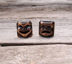 Copper Earrings Comedy + Tragedy Mask Square Earrings Mid Century Jewelry Vintage 50s 60s by ultravioletvintage on Etsy #copperearrings #theatermasks #comedyandtragedy #midcentury #vintageearrings #50s #60s