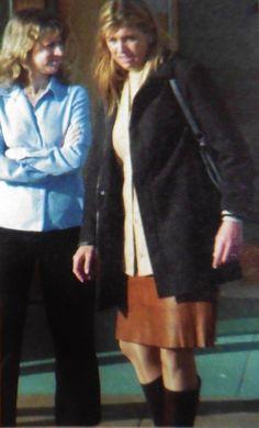 Maxima bezoekt halfzus Angeles, Norwich 2001 om te melden dat ze verloofd is.