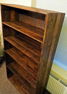 Reclaimed Bookshelf Out of Pallets | 101 Pallets