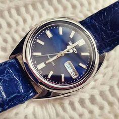 Seiko snxs77 blue leather
