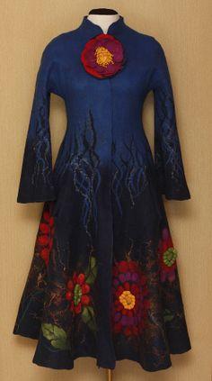 """Inimitable Frida / Frida Kahlo """"Viva la Vida"""" Collection / Felted Clothing / Coat"""