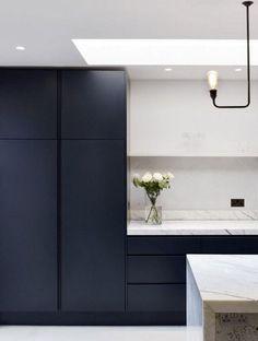 Navy Kitchen Cabinets, Frameless Kitchen Cabinets, Kitchen Cabinet Styles, Bath Cabinets, Kitchen Storage, Blue Kitchen Interior, Home Decor Kitchen, Decorating Kitchen, Kitchen Ideas