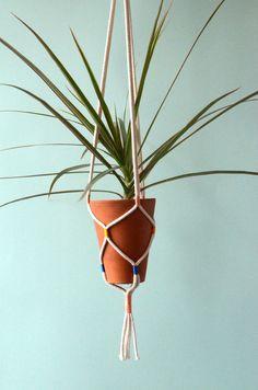 Portavasi pensile / appeso pianta titolare / cotone cavo + filo vintage pianta hanger / rosa, blu + giallo
